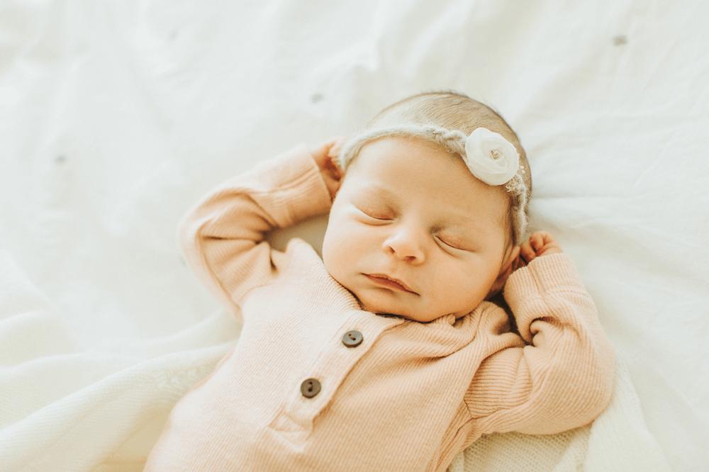 Honolulu Newborn Photographer