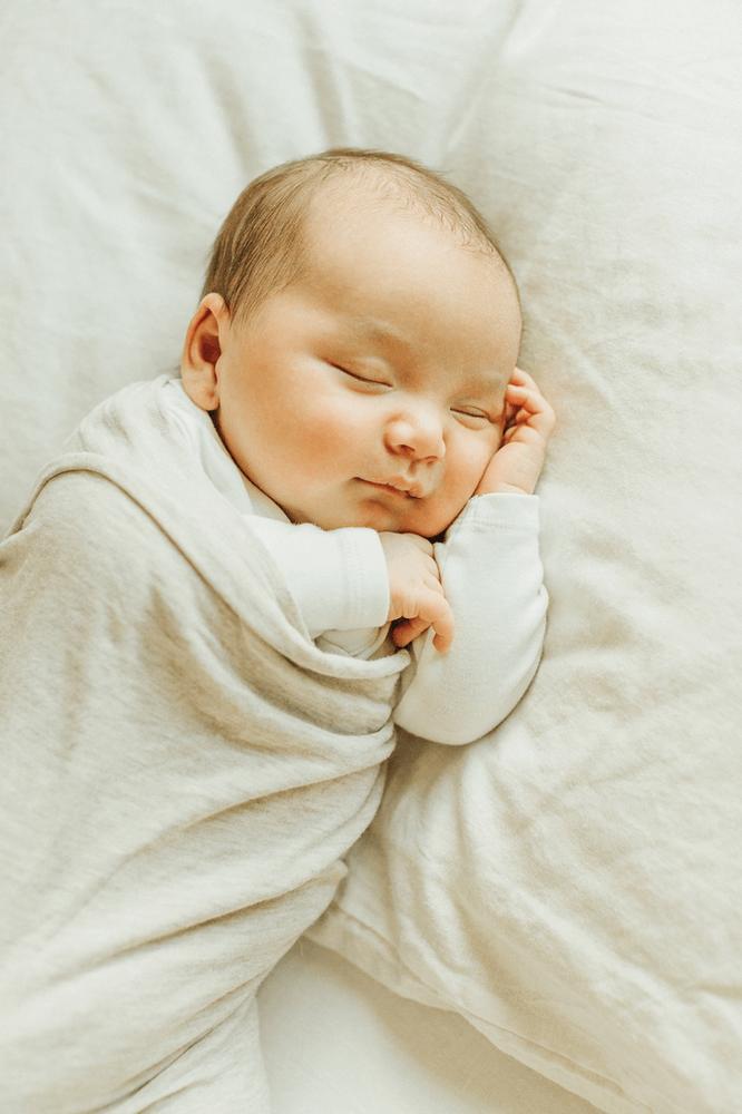 Best Lifestyle Newborn Photographer in Redwood City