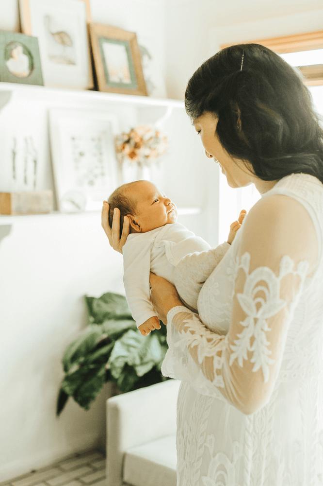 Hawaii Motherhood Photographer