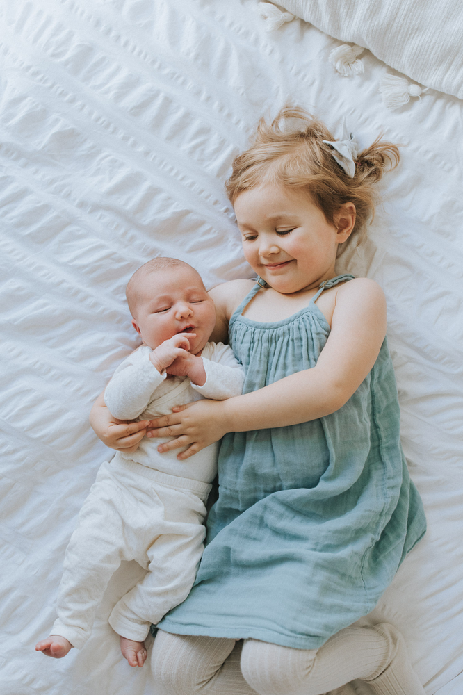 Oahu Lifestyle Newborn Photographer