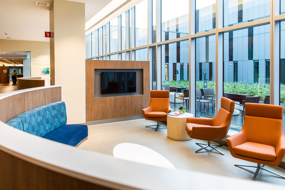 Labor and delivery | Family room at CPMC Van Ness Campus Hospital