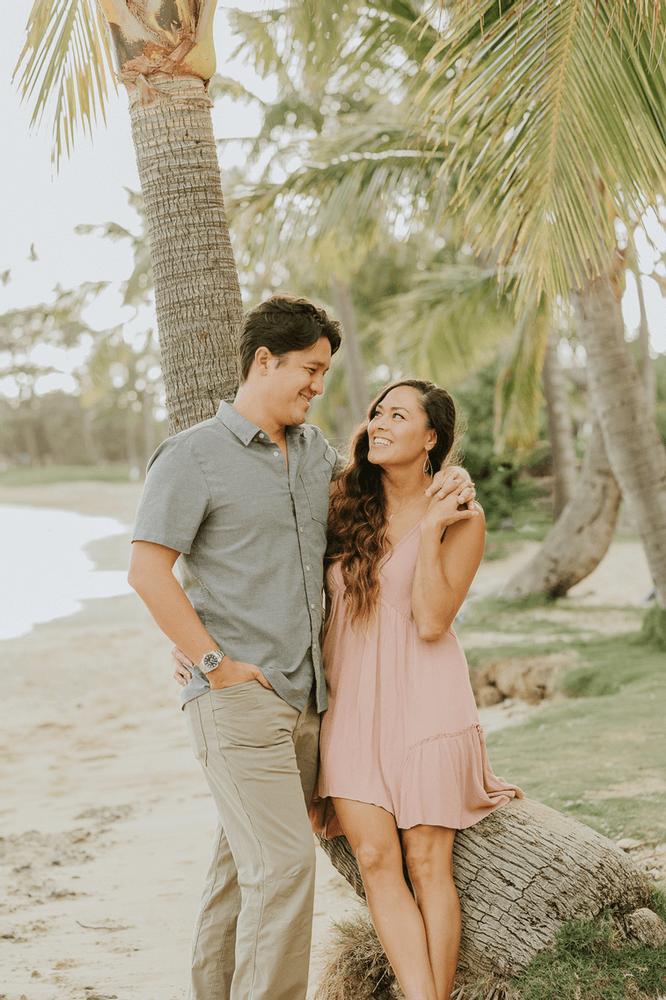 Honolulu Couples Photographer