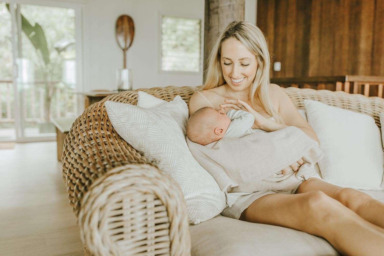 best oahu newborn photographer