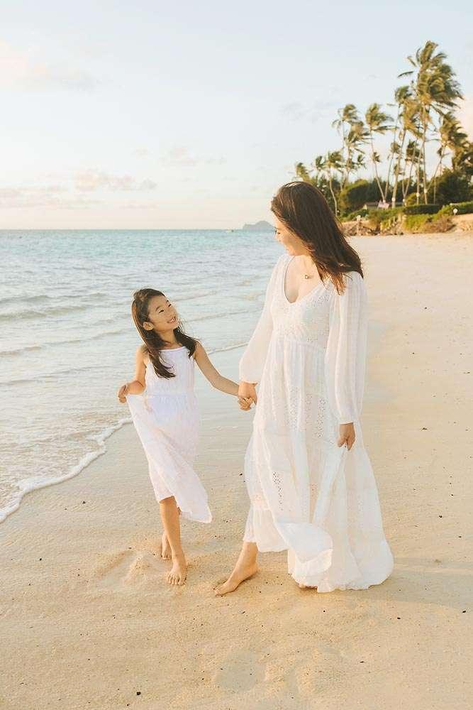 family photo session lanikai beach oahu