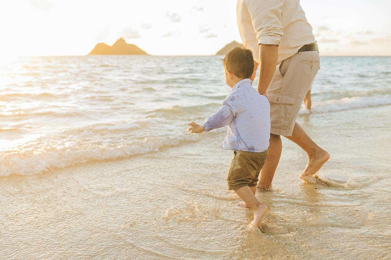 family portraits lanikai beach oahu
