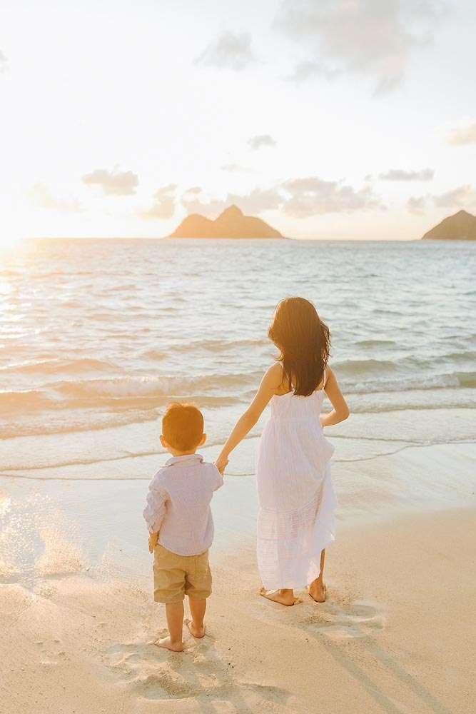 lanikai beach oahu family portraits