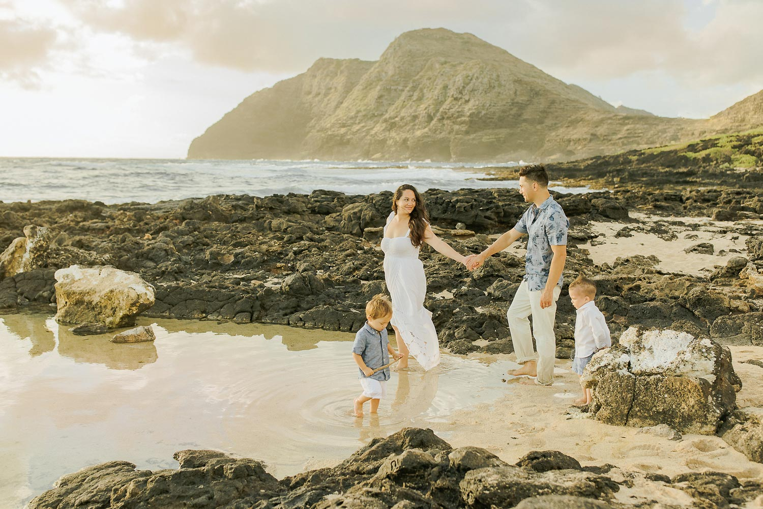 maui family photography session on the beach